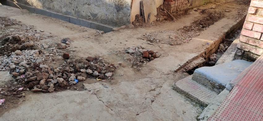 32 करोड़ की खामी: गलियां खोदकर भूला ठेकेदार और बिना ऑडिट काटे गए चेक की खामी तलाश रहे जिम्मेदार